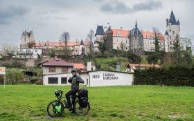 Schloss Žleby sieht auch bei Regen märchenhaft aus!