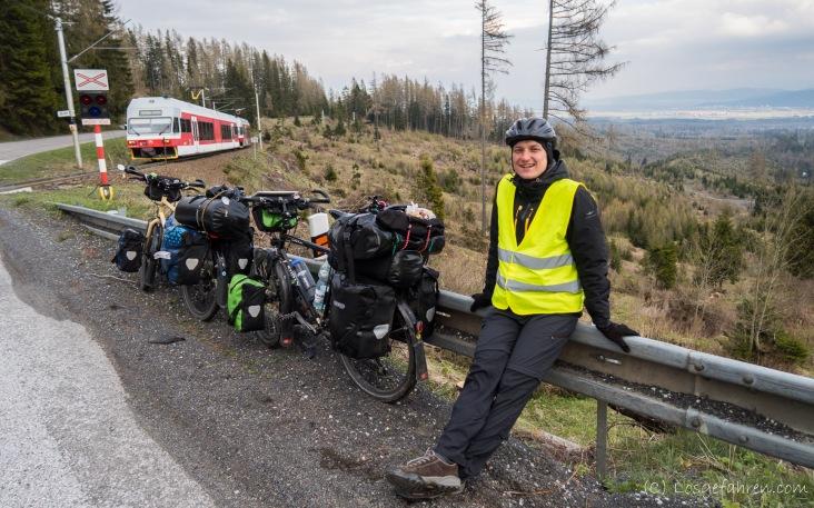 Kein Wald mehr, dafür aber eine Tatrabahn.