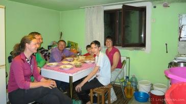 unsere Gastgeber auf dem Weg nach Targu Mures - wir wurden bestens bekocht und lernen einen weiteren Teil der Rumänsichen Küche kennen.