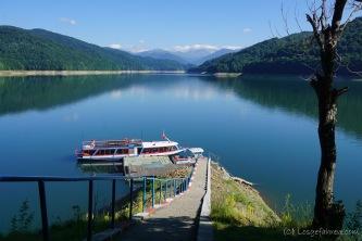 Lacul Vidraru mit den Fagaras-Bergen im Hintergrund (Foto: Holger Lieberenz)