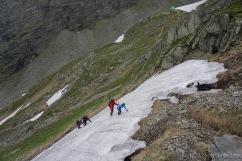Neuer Tag, neues Schneefeld. Dieses Mal im Aufstieg. Klappt unter Thorstens Anleitung wirklich sehr gut! (Foto: Holger Lieberenz)