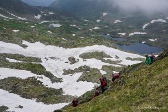 Abstieg vom Podragu-Sattel zur gleichnamigen Hütte. Wer sie sieht, darf sie behalten. (Foto: Holger Lieberenz)
