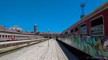In alten deutschen Eisenbahnwaggons rumpeln wir zurück nach Varna - Bahnhof Varna, Bulgarien