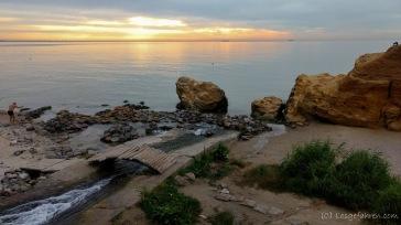 Nach 17h Busfahrt - Morgens kurz nach 6 steht die Sonne noch tief über dem Schwarzen Meer - Odessa, Ukraine