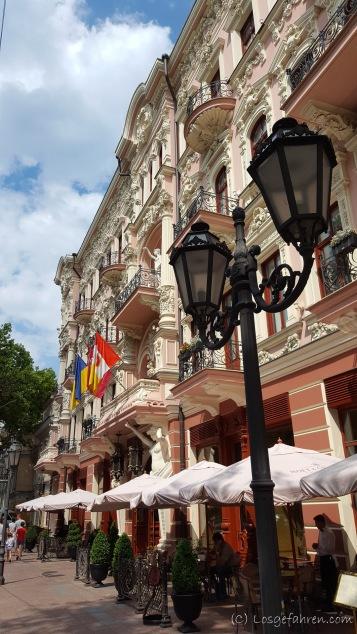 Wir können uns an den schönen Fassaden einfach nicht satt sehen - Odessa, Ukraine