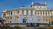 Abschiedfoto vor der prächtigen Oper in Odessa