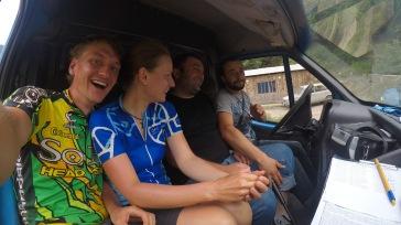 Gizo und Koba nehmen uns mit - Straße nach Batumi
