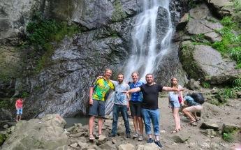 Gizo und Koba nehmen uns mit und machen auch noch einen Tourisenausflug mit uns! Großartig! - Straße nach Batumi