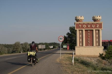 Viele Ortschaften leisten sich prächtige Eingangsbauwerke