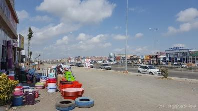 Marktrummel an der Autobahn