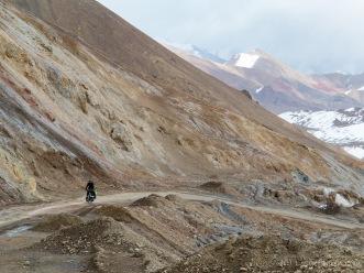 Auffahrt zum Akbaital-Pass